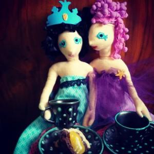 Barátnők kávéznak